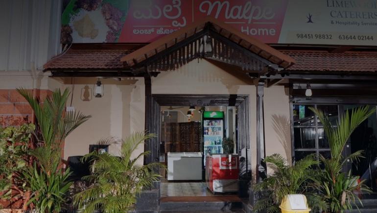Non Vegetarian restaurant in Malpe